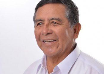Julio Volodia Mendoza Aparicio: poeta que siembra ideas y cosecha admiración