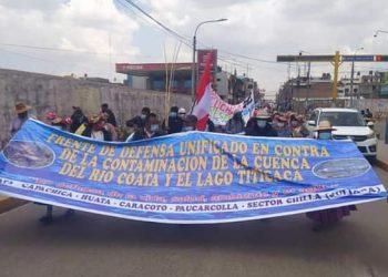 Cuenca coata paraliza vía Puno-Juliaca, por incumplimiento de planes aprobados por el gobierno nacional y local