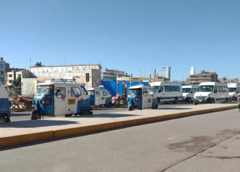 Puno: vecinos piden operativos para liberar la vía pública de la salida a Cusco