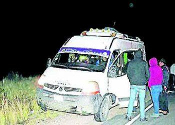 Sujetos atracan minivanes y matan a 2 pasajeros en la vía Untuca-Juliaca