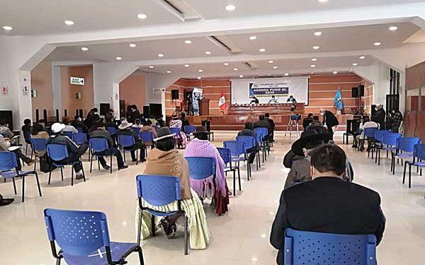 Alcaldes y congresistas no asistieron a Agenda Puno, reunión organizada por la bancada puneña