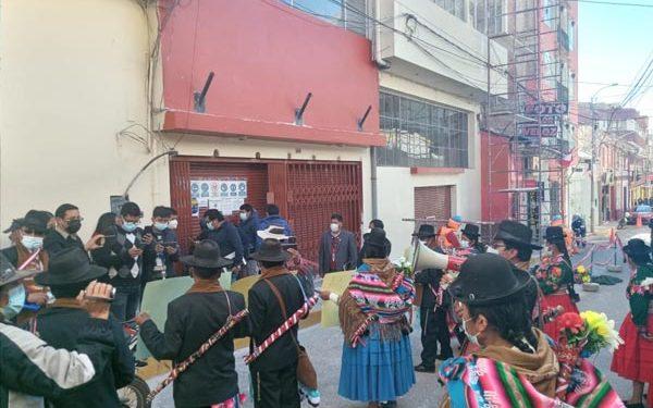 Tenientes gobernadores realizaron plantón en defensa de la frontera con Moquegua