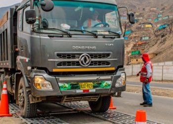 Ministerio Público interviene a inspectores de SUTRAN y empresarios por actos ilícitos en fiscalización de vehículos