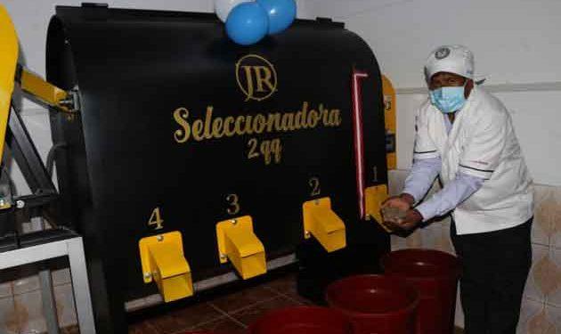 Inauguran módulo de procesamiento de café en cooperativa de Putina Punco