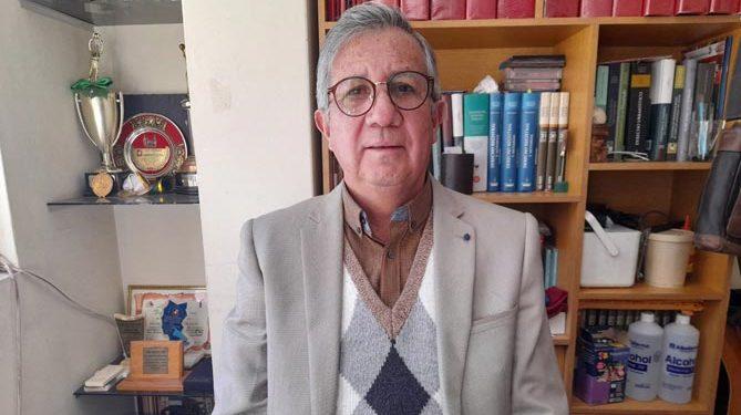 Luis Manrique, es uno de los primeros abogados de Puno y notario por más de 20 años