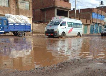Vecinos de San Miguel molestos por calles inundadas con las primeras lluvias