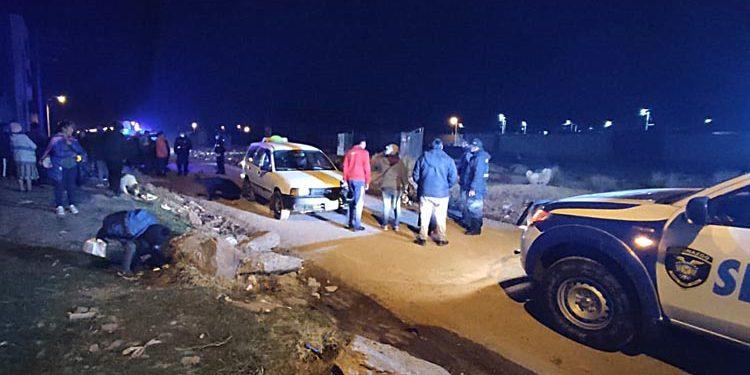 Delincuentes armados que asaltaron a un taxista y pasajeros hieren a una persona