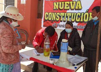 Inician con la recolección de firmas para cambiar la Constitución Política de 1993
