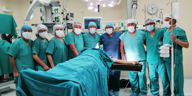 Salvaron a varón con tejido cicatricial en la tráquea con operación de alta complejidad