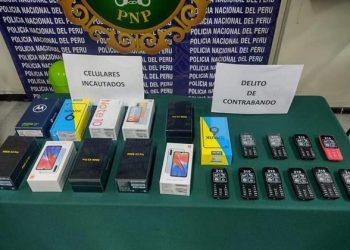 Detienen a mujer que vendía celulares de contrabando en el cercado de Arequipa