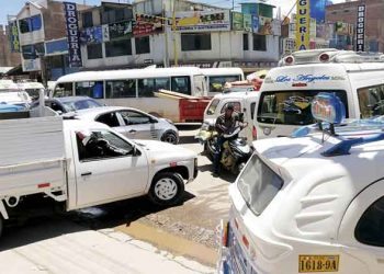 Juliaca: Caos vehicular continua pese a la existencia de un plan municipal