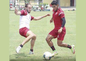Arequipa: FBC Melgar entrena para vencer al 'Muni' y se ilusiona con la Libertadores