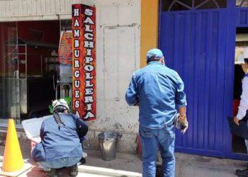 Seda Juliaca constata que restaurantes vierten desechos en red de agua pluvial