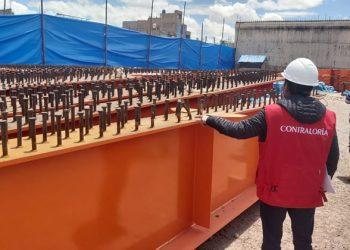 Contraloría advierte perjuicio económico por almacenamiento inadecuado de estructuras metálicas