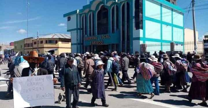Taraco celebra aniversario con protestas ante la ausencia de obras de envergadura