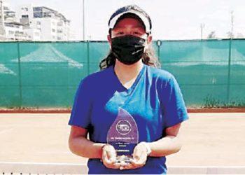 Arequipeña Yleimi Muelle es campeona en el 2do Torneo Nacional G1 de 14 años en Lima